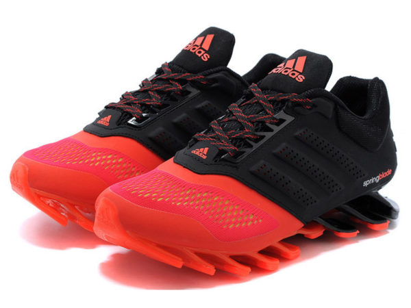 Кроссовки Adidas Springblade