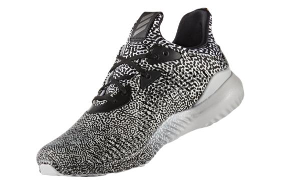 "Adidas AlphaBOUNCE ""Motion Capture"" Black/White (40-45)"
