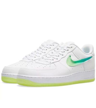 Зеленые кроссовки Nike