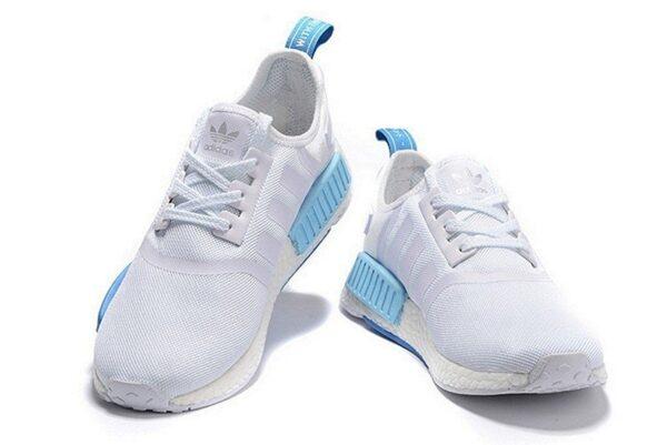 Мятные кроссовки Adidas