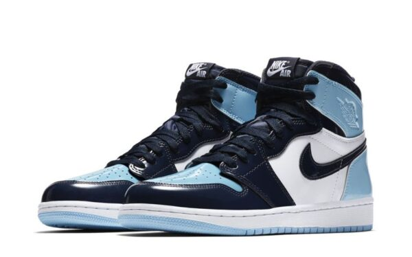 Nike Air Jordan 1 Blue Chill сине-бело-голубые (35-44)